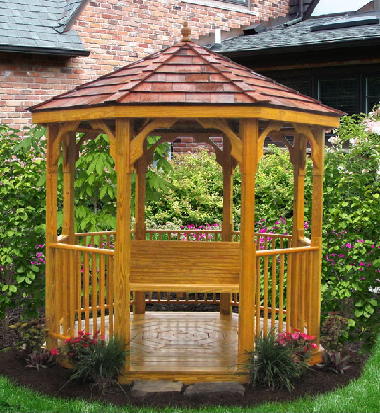 8' x 8' Value Wood Gazebo